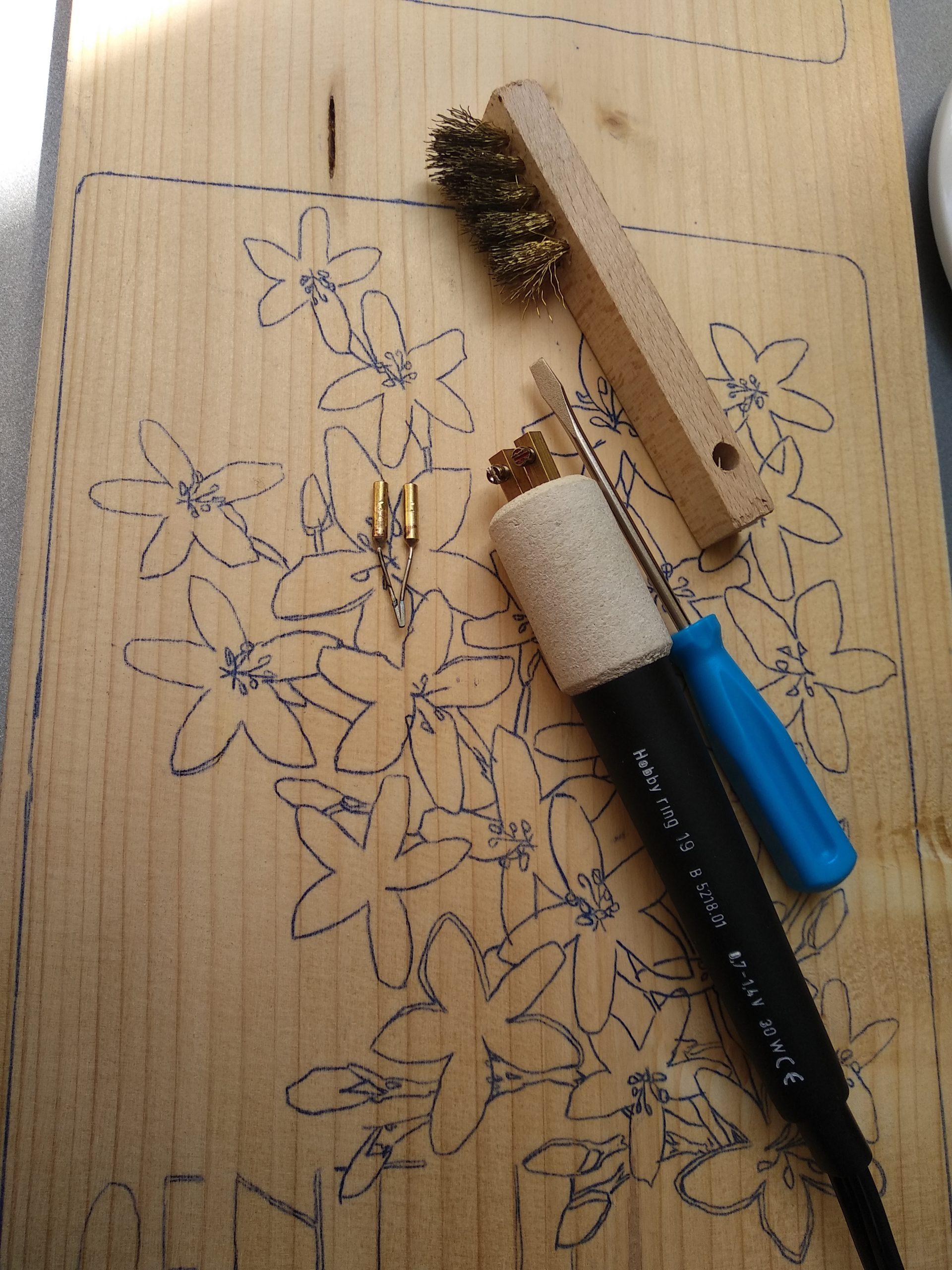 pyrogravure fleur de bach